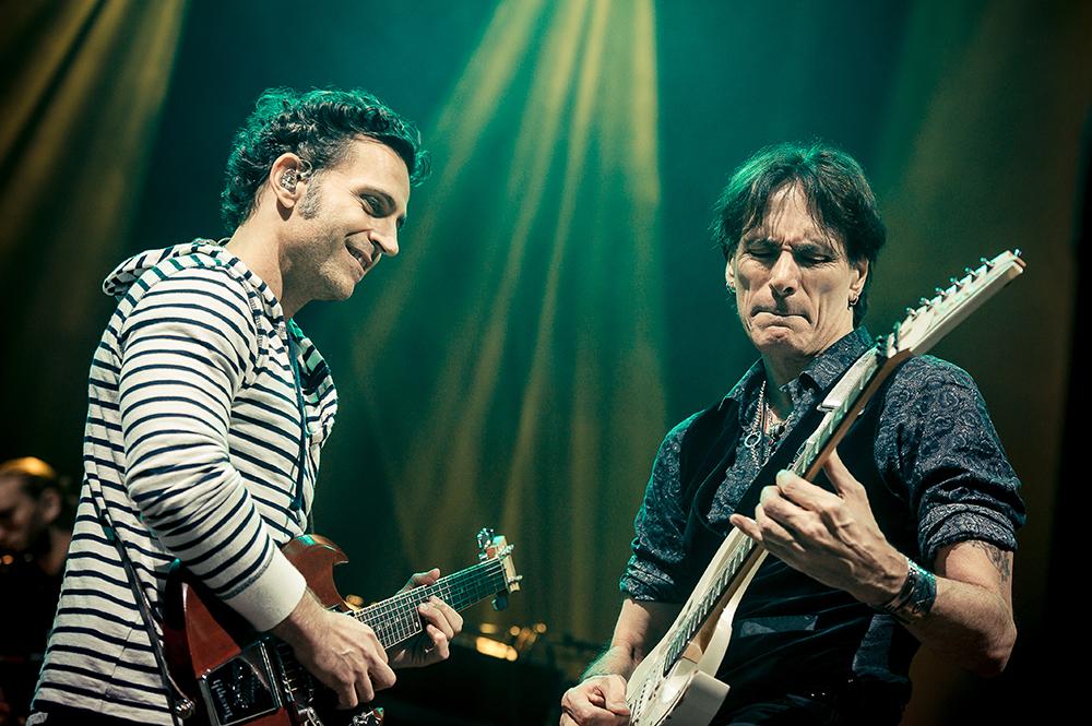 Jam Dweezil Zappa Steve Vai Guitare en Scène